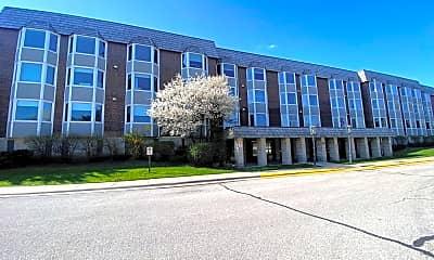 Building, 2400 Windsor Mall 1K, 1