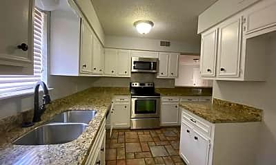 Kitchen, 3966 Lakeside Dr, 1
