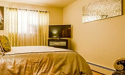Bedroom, Maple Court Apartments, 2