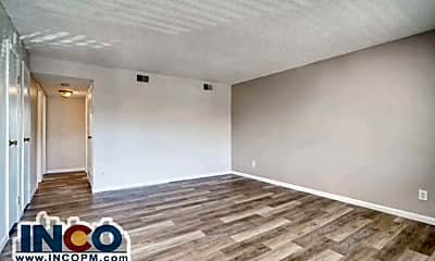 Living Room, 3285 S Bryant St, 1