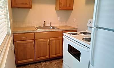 Kitchen, 602 Kirkland Ave, 1