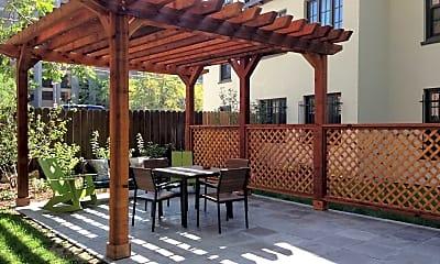 Patio / Deck, 930 Sherman St, 1
