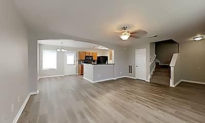 Living Room, 5473 N Buffalo Cir, 1