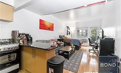 Living Room, 211 Thompson St, 0