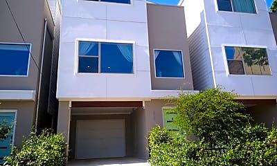 Building, 221 W Laurel, 0