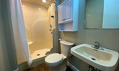 Bathroom, 10 Maple Ave, 2