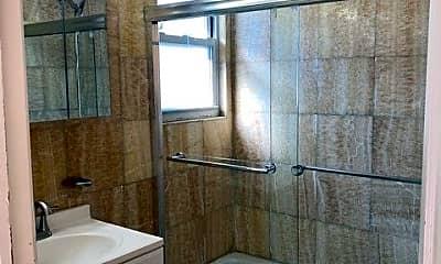 Bathroom, 45-15 20th Rd 2, 2