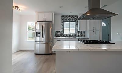 Kitchen, 4754 Madison Ave, 0