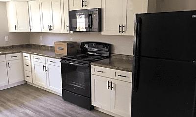 Kitchen, 206 S Plum St, 1