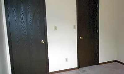 Bedroom, 100 N Keene St, 2