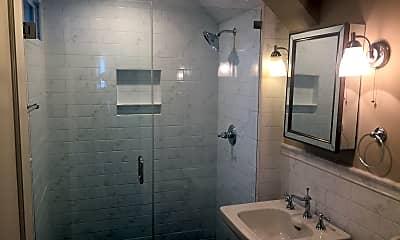 Bathroom, 246 Pennsylvania Ave, 1