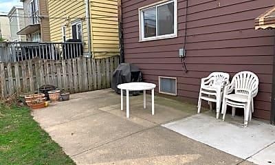 Patio / Deck, 2234 W Leland Ave 2, 2