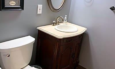 Bathroom, 387 Rifle Camp Rd, 1