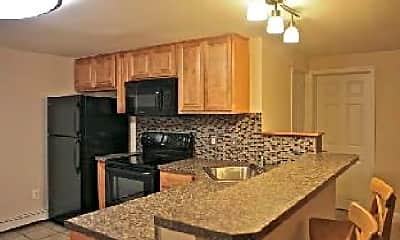 Kitchen, 1569 Edge Hill Rd, 1