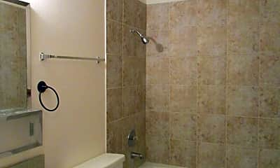Bathroom, 1204 S Main St, 2