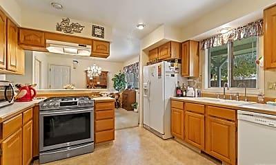 Kitchen, 4303 Choctaw Dr, 1