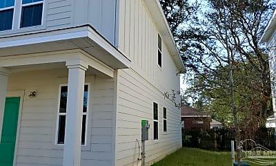 Building, 9822 Utopia Dr G, 1