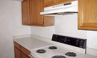 Kitchen, 2261 W Buckingham Rd, 2