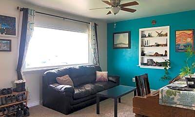 Living Room, 931 Hillcrest Rd, 1