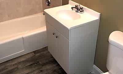 Bathroom, Salem and Gloucester Village Apartments, 2