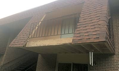 Green Hills Manor Apartments, 2