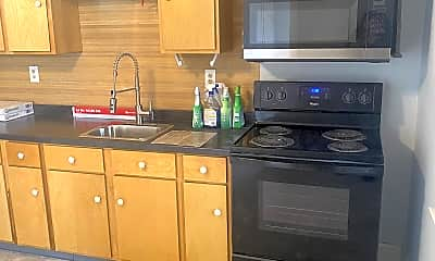 Kitchen, 2153 Memorial Ct, 2