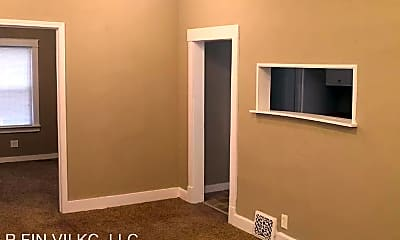 Bedroom, 3005 E 32 St, 1