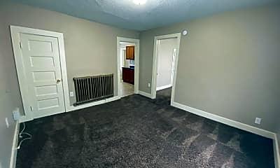 Bedroom, 2827 S Calhoun St, 1