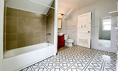 Bathroom, 1813 Willowdale Ave, 1