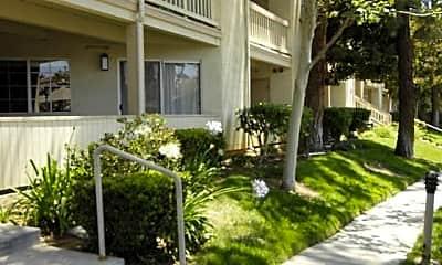 Building, 5837 Oak Bend Ln 104, 0