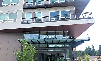 Heron Flats and Lofts, 1