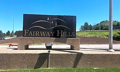 Fairway Hills, 1