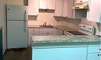 Kitchen, 1425 S Puget Dr, 2