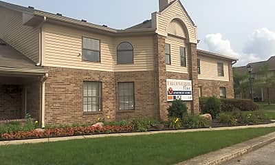 Falcon Creek Place Apartments, 2