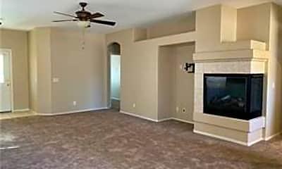 Living Room, 1432 E Still Creek Ave, 1