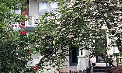 Building, 1324 Massachusetts Ave SE, 2
