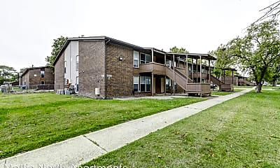 Building, 2000 N Mattis Ave, 0