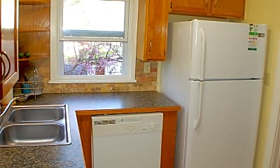 Kitchen, 32 W Louise St, 1