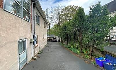 Building, 85 Front St, 2
