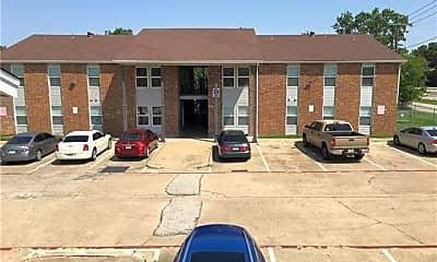 Building, 319 SE 3rd St 103, 0
