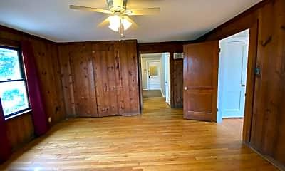 Living Room, 9233 Tudor Ave, 1