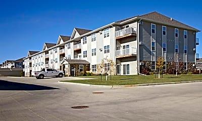 Building, Custer Crossing Apartments, 1