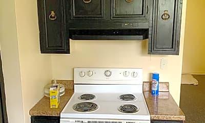 Kitchen, 165 Maple St, 1