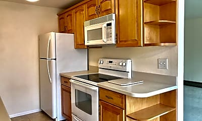 Kitchen, 11556 Greenwood Ave N  #103, 1