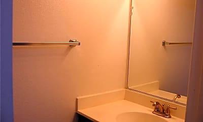 Bathroom, 5217 Satsuma Ave, 2
