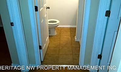 Bathroom, 1240 Nandina St, 2