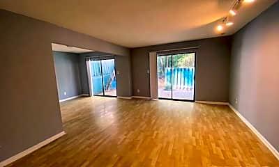 Living Room, 4715 Walden Pond Dr, 1