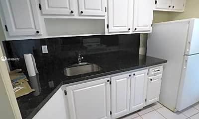 Kitchen, 9390 E Bay Harbor Dr 1, 1
