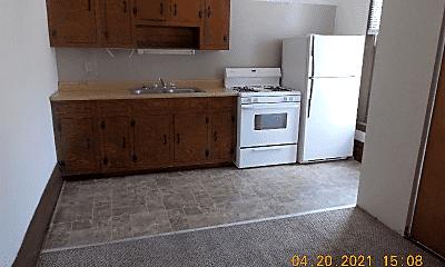 Kitchen, 319 4th St, 2