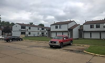 Oakwood Village, 2